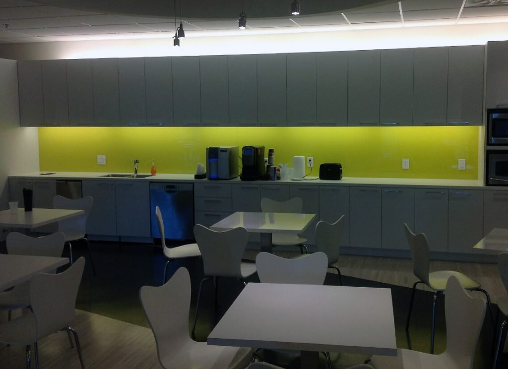 Reception Desks, Breakrooms and Coffee Areas